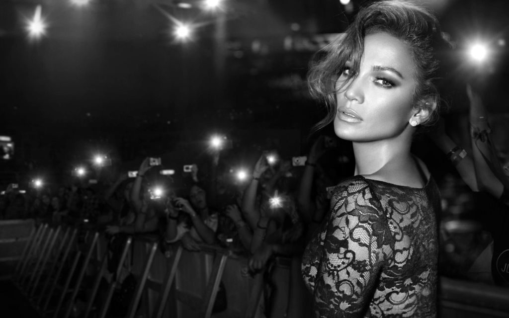 Jennifer Lopez HD Wallpaper and New Themes of American Pop Icon!