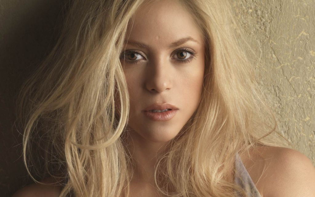Shakira 4K Background  & New Tab Themes of Columbian Superstar!