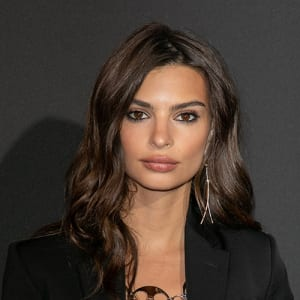 Emily Ratajkowski Wallpapers