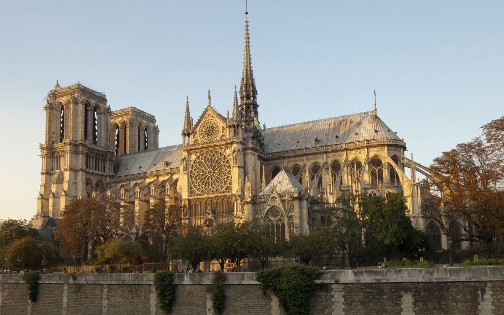 Notre Dame de Paris – History & Facts!