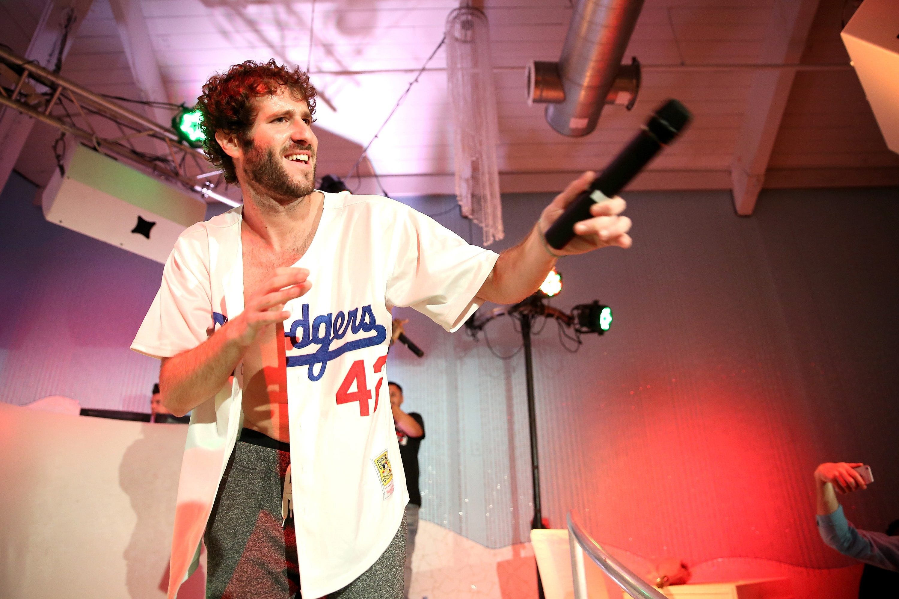Lil Dicky Earth HD Wallpaper